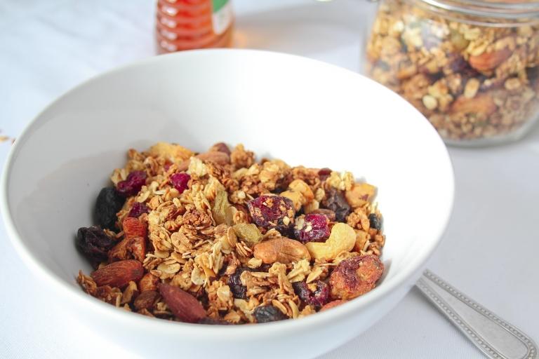 Gluten free granola 1.jpg