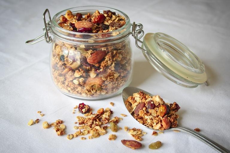 Gluten free granola 2.jpg